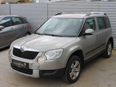 gebraucht Skoda Yeti 4x4 Twenty Ambition 2,0 TDI CR DPF PANO SUV / Geländewagen