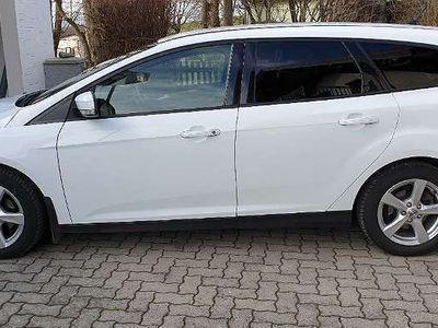 gebraucht Ford Focus Traveller Easy 1,0 EcoBoost Kombi / Family Van
