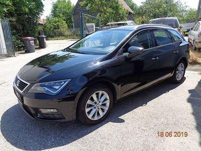 gebraucht Seat Leon ST 1,6 TDI DSG * 1 Jahr Garantie Kombi / Family Van,