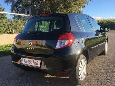 gebraucht Renault Clio Tonic 1,2 16V Hi-Flex