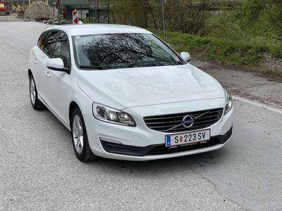 gebraucht Volvo V60 D2 Kinetic EURO5