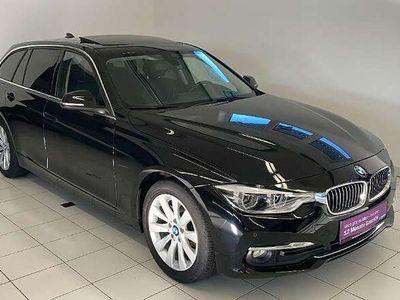 gebraucht BMW 320 d Touring Luxury Line Aut.*LED*PANO*LEDER Kombi / Family Van