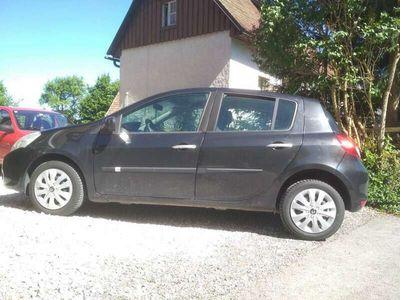 gebraucht Renault Clio 1.2 16V 75 Dynamique