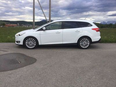 gebraucht Ford Focus Titanium, Vollaustattung, Power Shift Kombi / Family Van