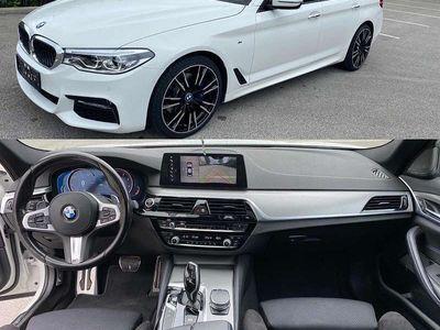 gebraucht BMW 530 5er-Reihe d Aut. M Sehr Gut Ausgestattet Finanzierung möglich Limousine