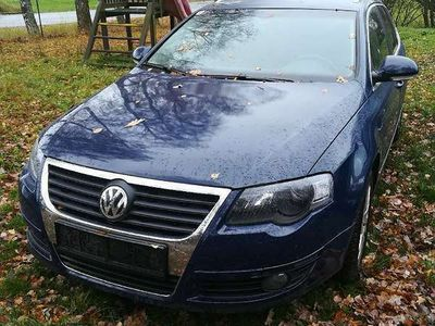 gebraucht VW Passat Kombi Allrad Highline Kombi / Family Van