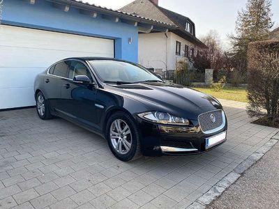 gebraucht Jaguar XF 2,2 Diesel Premium Luxury