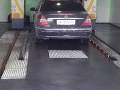 gebraucht Mercedes E220 Elegance Sport Exterieur CDI Aut.