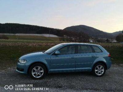 gebraucht Audi A3 Sportback 1,8 TFSI quattro Attraction