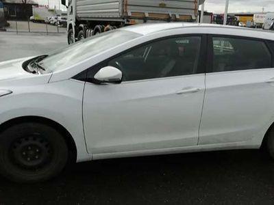 gebraucht Hyundai i30 1,4 16V Comfortline Kombi / Family Van