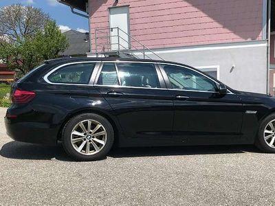 gebraucht BMW 520 5er-Reihe d xDrive Touring Aut. HeadUp Display, Luxury Kombi / Family Van