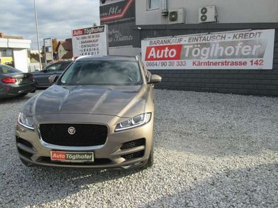 gebraucht Jaguar F-Pace 20d AWD Pure Aut.1.BESITZ nur 39.800 KM !!