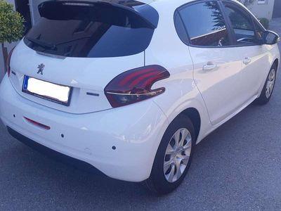 gebraucht Peugeot 208 Style Klein-/ Kompaktwagen