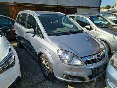 gebraucht Opel Zafira 1,9 CDTI Aut.