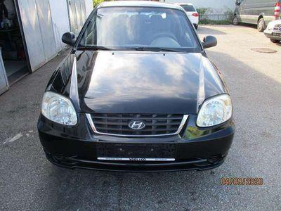 gebraucht Hyundai Accent 1,4 Hachback Luxus Limousine