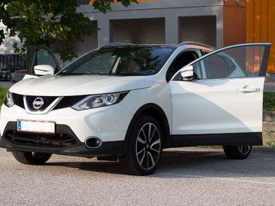 gebraucht Nissan Qashqai 1,2 DIG-T Tekna