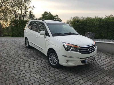 gebraucht Ssangyong Rodius 7 Sitzer mit Allrad, Leder und Rückfahrkamera Kombi / Family Van