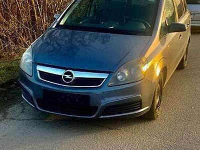 gebraucht Opel Zafira 1.9 CDTI Kombi / Family Van