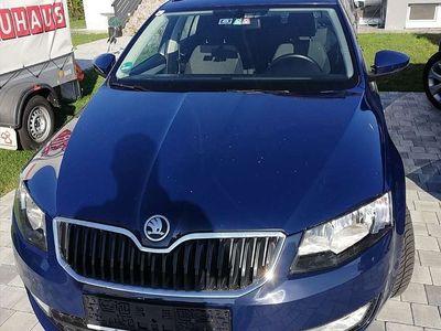 gebraucht Skoda Octavia 1.6 tdi 110 ps diesel Kombi / Family Van