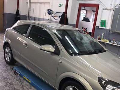 gebraucht Opel Astra GTC Sportwagen / Coupé,