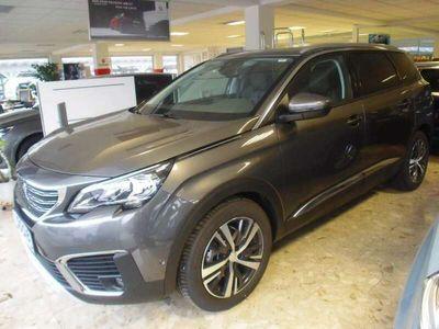 gebraucht Peugeot 5008 1,2 PureTech 130 S&S Allure SUV / Geländewagen