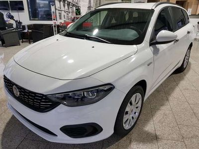 gebraucht Fiat Tipo Kombi 1.4 T 120PS *Navi*Alu16Sitzheizung*Klima*...