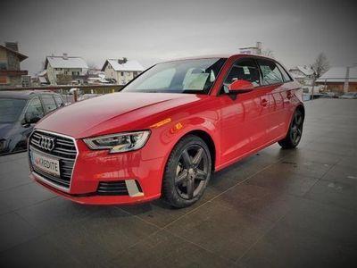 gebraucht Audi A3 1,6 TDI sport Edition, Sportsitze, Klima, gr... Kombi / Family Van,