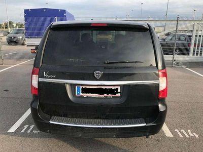 gebraucht Lancia Voyager 2,8 CRD Kombi / Family Van