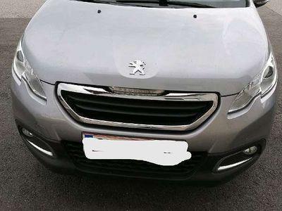 gebraucht Peugeot 2008 1,6 e-HDi 92 FAP Active
