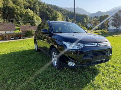 gebraucht Mitsubishi Outlander 2.2 DI-D 4WD Instyle SUV / Geländewagen