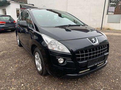 gebraucht Peugeot 3008 1,6 HDi 115 FAP Active Kombi / Family Van