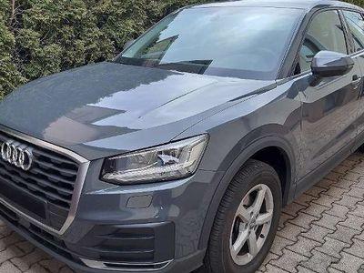 gebraucht Audi Q2 30 TFSI 4-türig SUV / Geländewagen