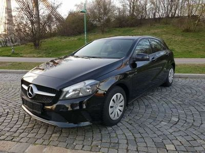 brugt Mercedes A180 d Aut. *1.BESITZ* NAVI* WERKSGARANTIE* PDC*SITZHZG