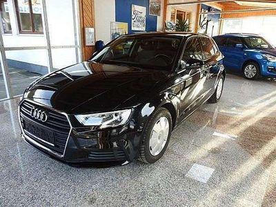 gebraucht Audi A3 Sportback 1,6TDI Standheizung Kombi / Family Van