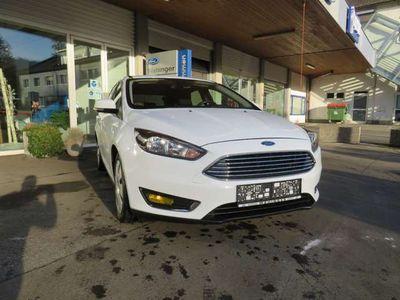 gebraucht Ford Focus Titanium