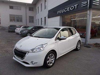 gebraucht Peugeot 208 Style 1,2 VTi 82 Limousine,