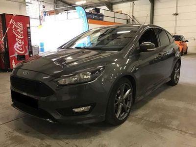gebraucht Ford Focus 1,0 EcoBoost ST-Line