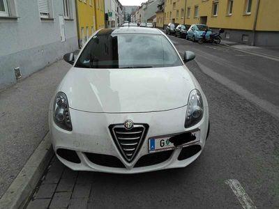 used Alfa Romeo Giulietta Klein-/ Kompaktwagen,
