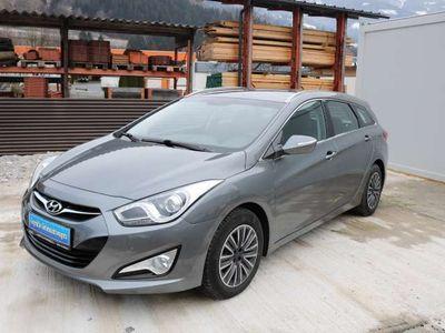 gebraucht Hyundai i40 Europe 1,7 CRDi DPF Kombi / Family Van