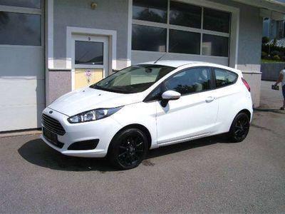 gebraucht Ford Fiesta Trend 1,25 1 Besitz !!