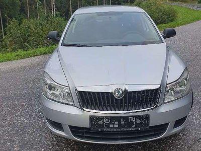 gebraucht Skoda Octavia Combi 1,6 Elegance TDI CR DPF Kombi / Family Van