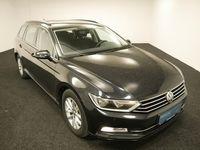 gebraucht VW Passat Variant Comfortline 2,0 TDI SCR DSG ACC SHZ NAVI Kombi / Family Van,