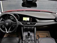 gebraucht Alfa Romeo Giulia Veloce 2,2 210 AT AWD Limousine,