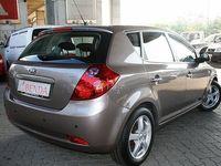 gebraucht Kia cee'd cee'd1.6 CRDi Limousine