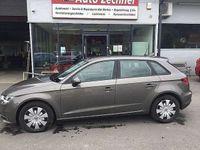 gebraucht Audi A3 Sportback Attraction 1,6 TDI Limousine