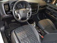 gebraucht Mitsubishi Outlander P-HEV 2,4 4WD Diamond Connect Leder 19