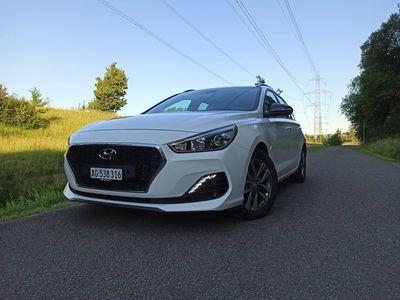 gebraucht Hyundai i30 Wagon 1.0 T-GDi Amplia