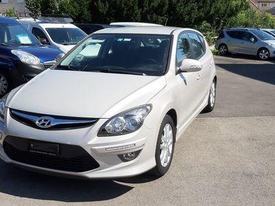 gebraucht Hyundai i30 1.6 Swiss Plus Edition Automatic