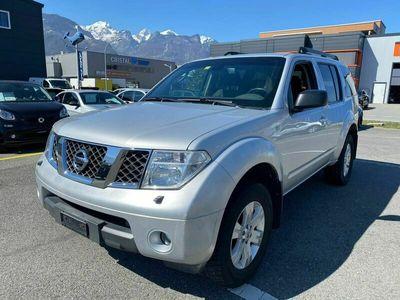gebraucht Nissan Pathfinder 2.5 dCi SE