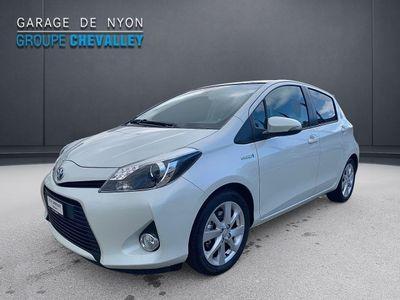 gebraucht Toyota Yaris 1.5 Hybrid Sol Prem